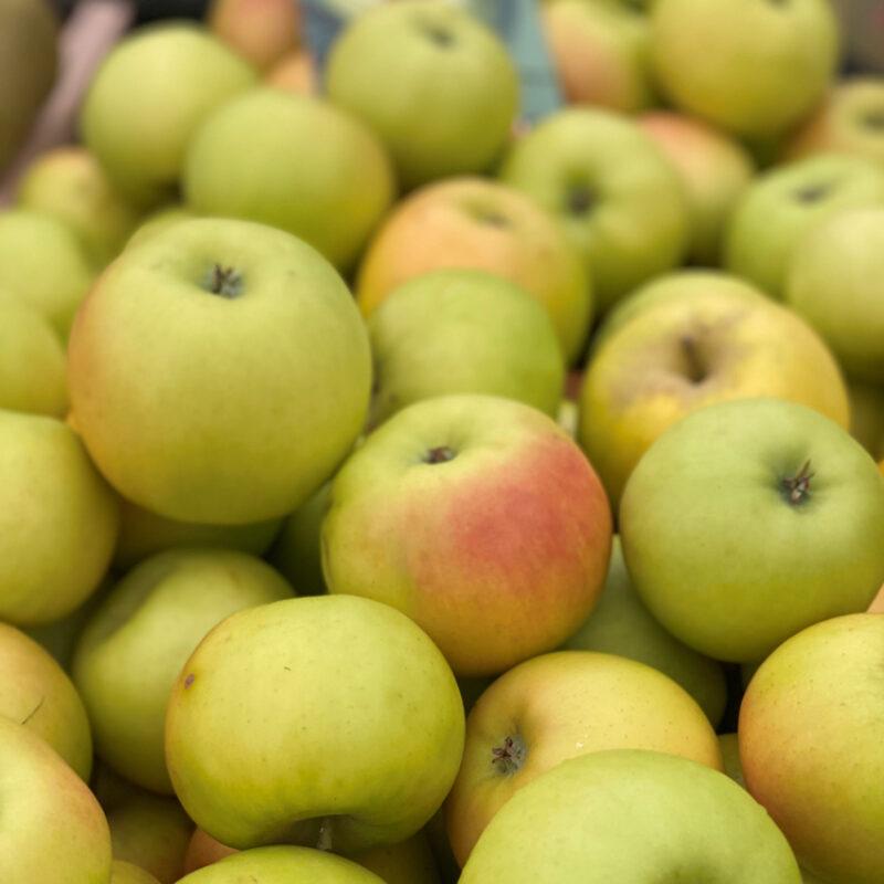 Provenance of English Apples